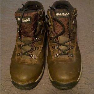 Magellan hiking boots size 10